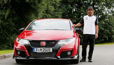 Alonso ya sabe lo que es conducir el Honda Civic Type R