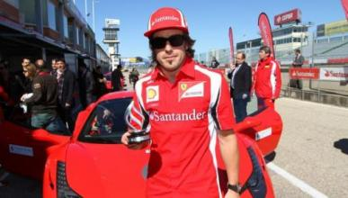 Fernando Alonso inaugurará una 'boutique' Ferrari en Madrid