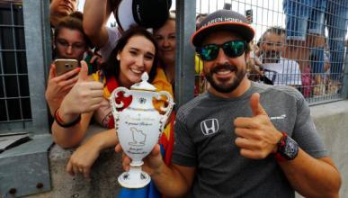 Fernando Alonso, en el paddock del GP de Hungría