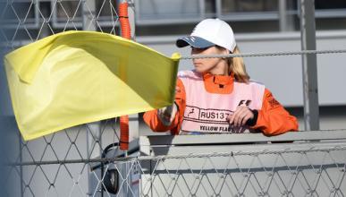 FIA podría limitar la velocidad con doble bandera amarilla