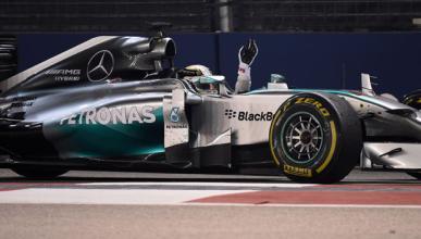 """Hamilton: """"Ha sido una gran ayuda que Rosberg no puntuara"""""""