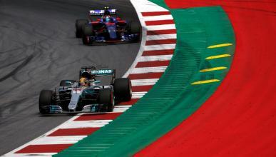 Hamilton y Sainz en GP Austria 2017