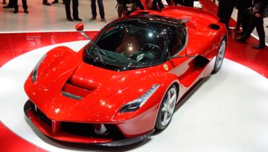 Lewis Hamilton se compra un Ferrari LaFerrari