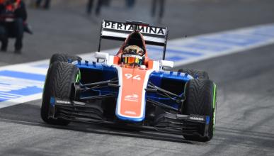 Manor estrena el MRT05 en pista en los test de Barcelona