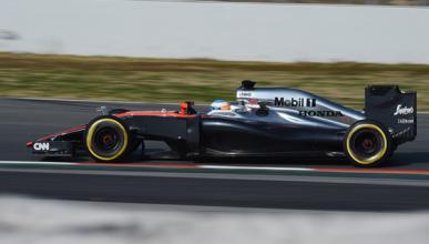 McLaren culpa al viento del accidente de Alonso