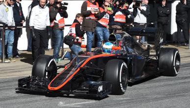 McLaren finaliza el día de test tras el accidente de Alonso