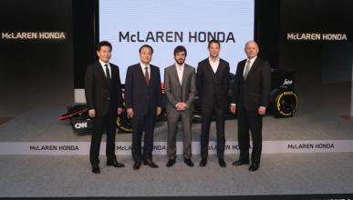 McLaren-Honda y Alonso presentan su temporada en Japón