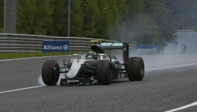 Mercedes sancionará a sus pilotos si vuelven a chocar