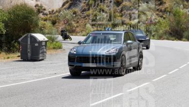 Porsche Cayenne 2018: cazado casi sin camuflaje