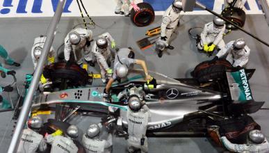 Una 'sustancia extraña' provocó la avería de Rosberg