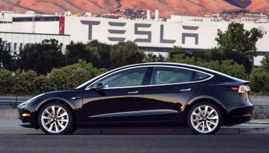 ¡Ya está listo el primer Tesla Model 3!