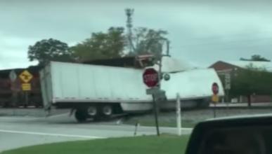 Accidente camión tren