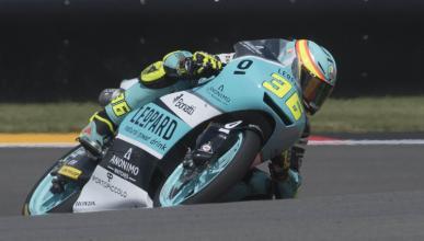 Joan Mir domina los libres de Moto3 en Brno