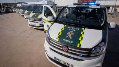 Nuevas furgonetas Guardia Civil