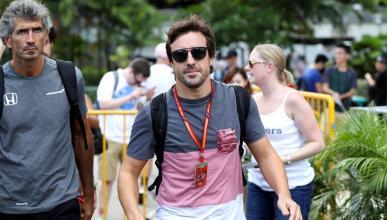 Fenando Alonso llega al GP de Singapur