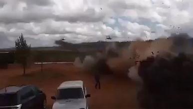 Helicóptero ruso dispara público