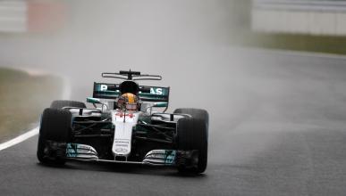 Lewis Hamilton, en los Libres 2 del GP Japón 2017