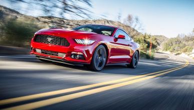 10 deportivos más lentos que el camión de Tesla - Ford Mustang Ecoboost