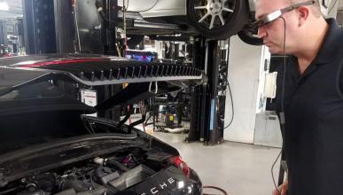 Gafas realidad aumentada concesionarios Porsche
