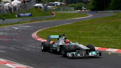 Schumacher rueda en el Nurburgring Nordschleife