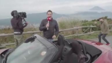 Cultura diferente, normas diferentes, entra en este vídeo y vente con nosotros en un viaje increíble por Japón con un Mazda MX-5. ¡Imposible qué no te mole!