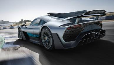 Mercedes-AMG Project One trasera