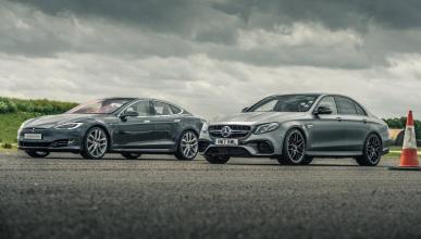 Tesla Model S contra Mercedes-AMG E 63 S