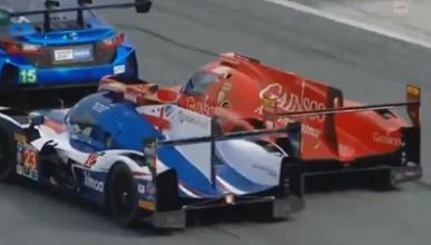 Lucha de Fernando Alonso en Daytona
