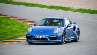 Nissan GT-R Track Edition vs Porsche 911 Turbo.