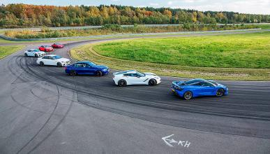 7 coches driftando