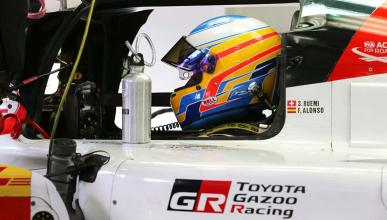 Alonso cockpit Toyota