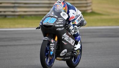 Jorge Martín encabeza el test de Moto3 en Valencia