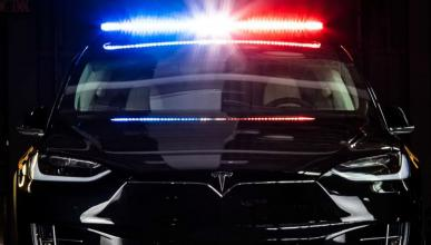 Tesla Model X policía Ontario