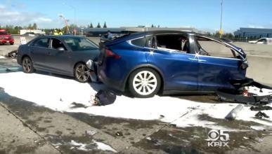 Accidente Tesla Model X Autopilot