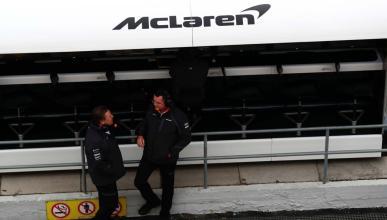 McLaren pit-lane