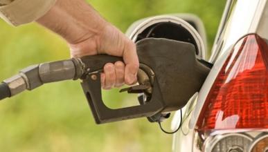 Tres razones por las que el coche gasta más gasolina