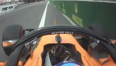 Alonso, en el pitlane de Baku