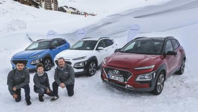Tres Hyundai Kona a prueba en la nieve