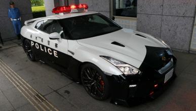 Nissan GT-R policía