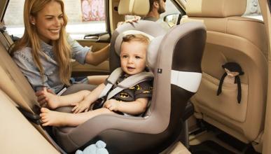 Consejos para viajar sin sustos con los niños en coche este verano