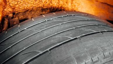 neumáticos de madera