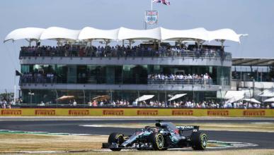 Pole de Hamilton en Silverstone