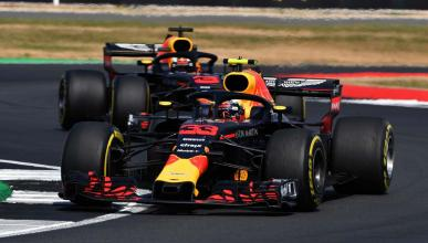Verstappen y Ricciardo