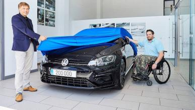 Volkswagen R 200.000
