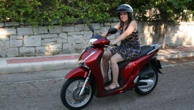 Errores comunes al conducir una moto en verano