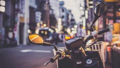 Aparcar tu moto en Madrid sin que te multen