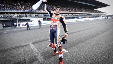 La afición tailandesa, de 10 con los pilotos de MotoGP