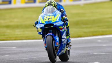 Andrea Iannone manda en los Libres MotoGP Australia 2018