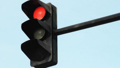 Los alcaldes que se han rebelado por culpa de unos semáforos