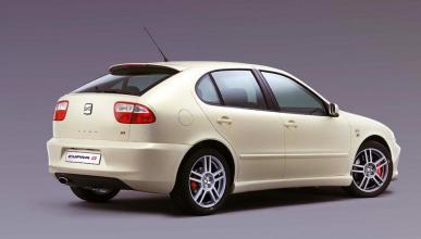 Comprar un coche de ocasión: mejor consultar Informe de la DGT o Carfax